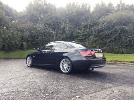 BMW 3220i MSport - Black
