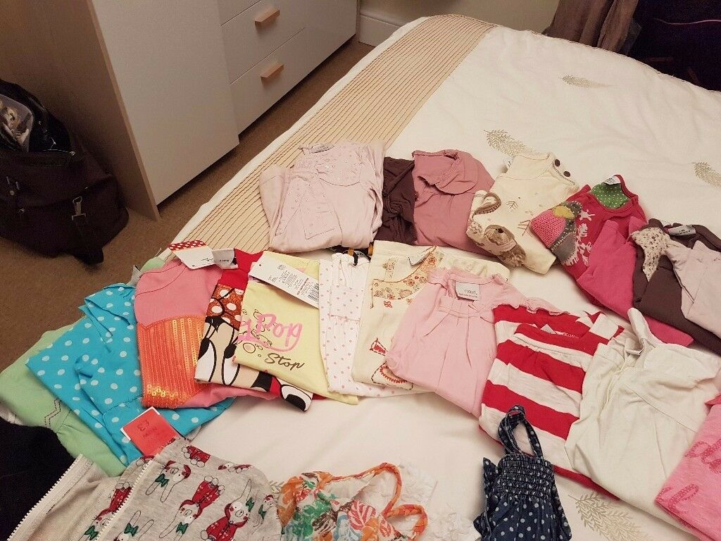 Large girls clothes bundle age from3-5