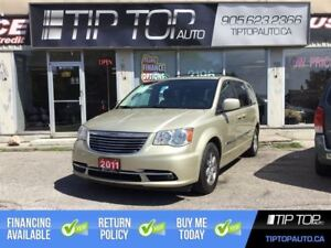 2011 Chrysler Town & Country Touring ** Nav, Dual DVD, Sunroof *