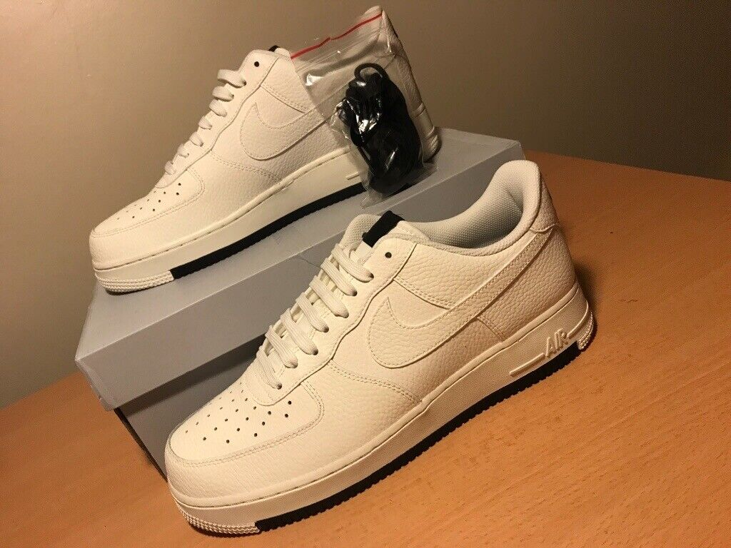 on sale b6448 4bb41 Nike Air Force 1  07 Low Essential   SNEAKERS   UK 10