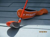 Dunlop #4 hybrid golf club