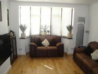 A VERY NICE 2 BED FIRST FLOOR FLAT