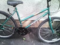 APOLLO IMPACT,LADIES MOUNTAIN BIKE,18 INCH FRAME,26 INCH WHEELS,18 GEARS,VGC.