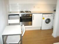 PERFECTLY LOCATED SUPER STUDIO BY ZONE 2 TUBE, 24 HOUR BUSES & TRAIN- JUST 10 MINS TO CENTRAL LONDON