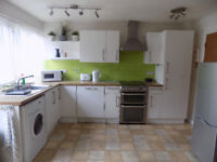 NEW Room in Wardown area, ALL BILLS INCLUDED, close to Town Centre,Train Station, University, No DSS