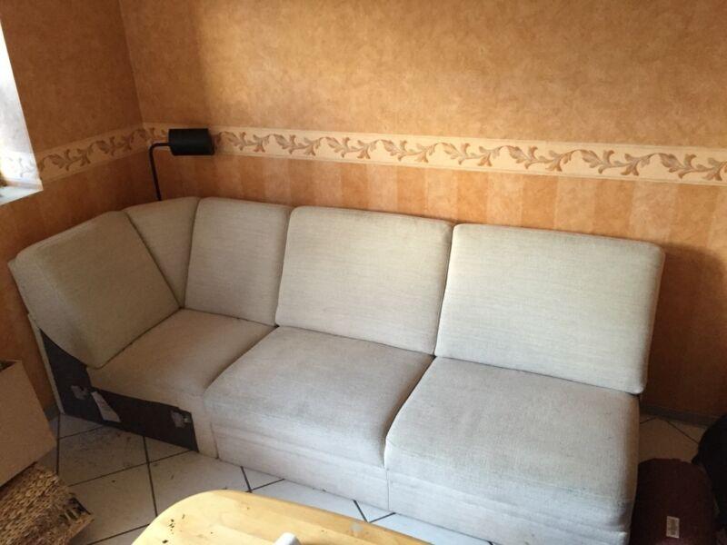 Couchtisch holz zu verschenken die neueste innovation for Sofa zu verschenken