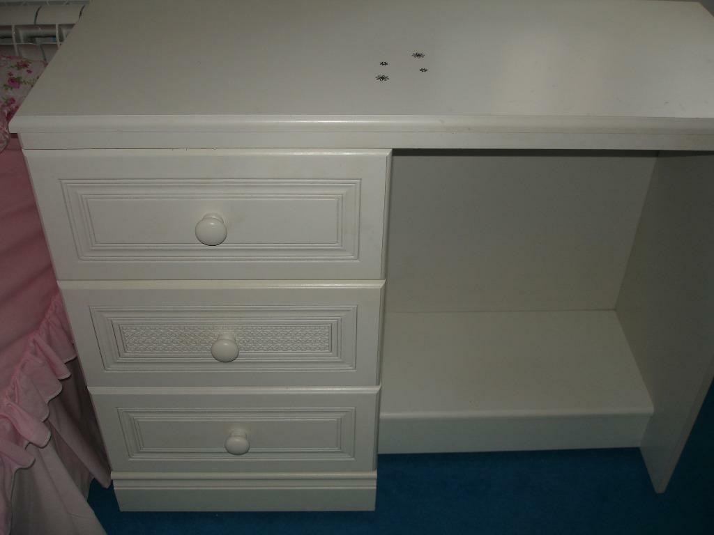 White dressing table with 3 drawers in west end for White dressing table with drawers
