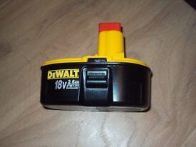 DEWALT 2.6 AH BATTERY NEW UNUSED £30