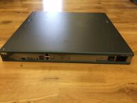 CISCO 2811 2800 Series 1U 10/100 Fast Ethernet Integrated Services Router