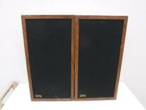 EPI Bookshelf Speakers 100V. We Buy and Sell Used Home Audio Equipment. 115006*
