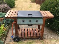 Char-Broil Gas BBQ - good working order but needs TLC. Bargain price.
