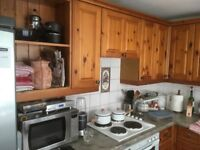 Solid pine fronted kitchen & appliances.