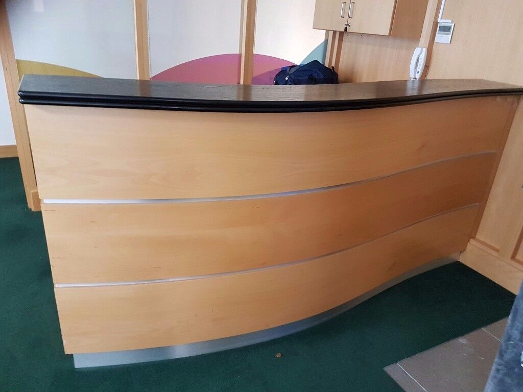 Executive light oak reception counter