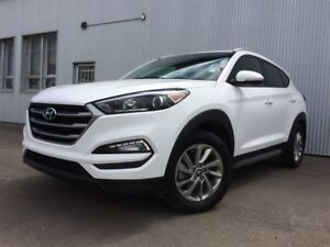 2017 Hyundai Tucson SE, AWD, BACKUP CAM , HEATED STEERING WHEEL.