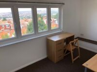SB Lets are proud to offer this large furnished double bedroom close to Elm Grove and Brighton uni