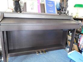 ROLAND HP207E DIGITAL PIANO WITH ROLAND ADJ STOOL