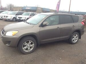 2011 Toyota RAV4 Limited * POWER ROOF * CAM * 4WD London Ontario image 4