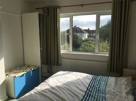 Large Double Room in Prime Location