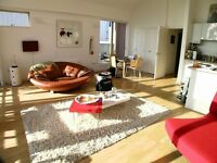 Top Floor 1 Bedroom Riverside Penthouse Greenwich SE10, 2 Balconies + 2 Underground Parking Spaces!!
