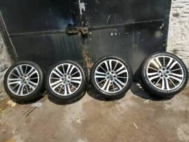 Range Rover Sport 20 inch Alloy wheels