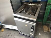 CATERING COMMERCIAL GAS FRYER KITCHEN EQUIPMENT KEBAB CHICKEN SHOP TAKE AWAY COMMERCIAL CUISINE CAFE