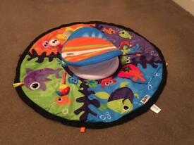 Lamaze tummy time spin and play