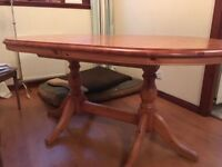 Pine extendable dining table