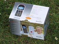 Binatone Big Button Mobile Phone BB200