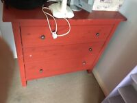 Large chest of draws. Missing one of the knobs