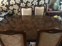 Vintage wooden table and 6 chairs
