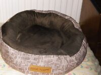 Dog Bed used but washed & in good condition