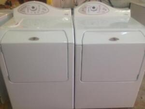 189- Laveuse Scheuse Frontales MAYTAG NEPTUNE Frontload Washer and Dryer