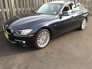 2012 BMW 3 Series 328i Luxury, Automatic, Sunroof