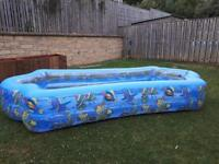LARGE INFLATABLE ROMAN POOL
