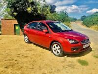 FORD FOCUS 1.6 ZETEC AUTOMATIC, MOT March 2019, Looks and Drives Superb (red) 2007