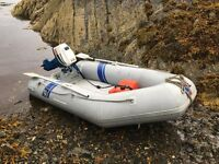 2.9m inflatable boat with 10hp outboard & extras