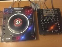 Numark V7 & Behringer mixer NOX202
