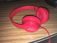 beats solo 2 headphones gloss red wired mint condition.