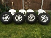 4 Land Rover Defender Boost Alloys with Tyres