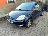 FORD FIESTA 2005 5 DOOR LOW MILES LONG MOT CHEAP