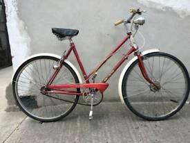 Ladies vintage Raleigh trent tourist bike