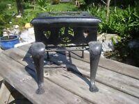 Vintage 'footman' trivet, fireside display etc