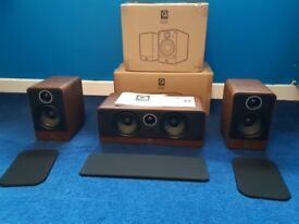 Q-Acoustic's 2010i speakers (2 fronts and centre)