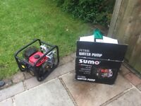 "Sumo 1.5"" petrol water pump 2.4 hp Mitsubishi engine ."