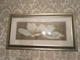 Picture with Flower Design with Metallic Frame