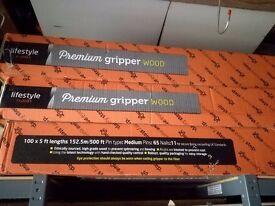 Box carpet gripper