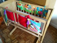 Mothercare Deluxe Gliding wooden Crib - Natural