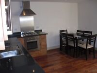 refurbished two-bedroom apartment in palace road be quick !!