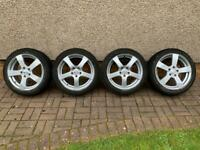 Alloys 17inch with tyres