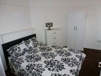 Cosy Double Room / Poplar / Available Now /All Bills Inc